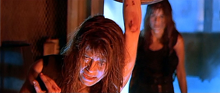 Linda Hamilton und Leslie Hamilton Gearren in Terminator 2
